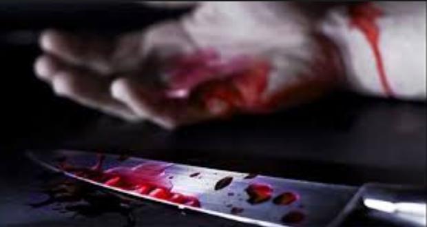 couteau sang a la main
